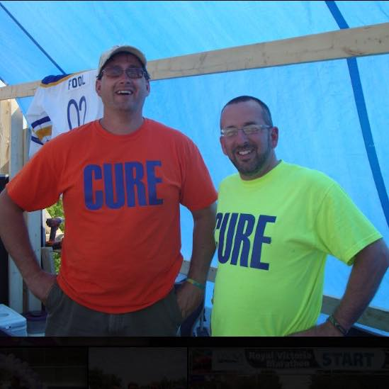 For the 6th year, Andrew Garnett and Scott Dunlop spent last weekend on the roof of HomeZone Electronics raising money and awareness for Relay for Life. This year their Two Fools on A Roof raised a whopping $23,317!
