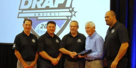 MHL Hands Out Final Awards of 2015-16 Season